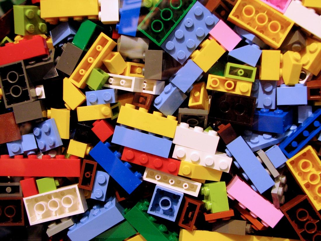 #019 Lego.jpg